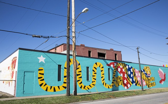 "Artist Michela Picchi's colorful ""Tiger"" mural in Hingetown. - PHOTO BY KATHRYN DIKE"