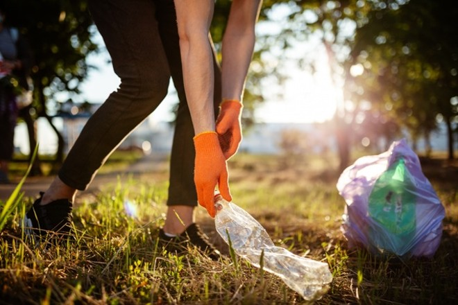 The Ohio Department of Transportation spends $4 million annually to clean up roadside trash. - ADOBESTOCK
