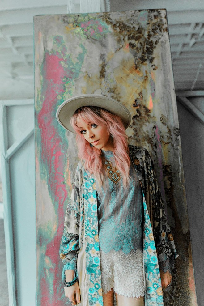Lindsey Stirling. - SYDNEY TAKESHTA