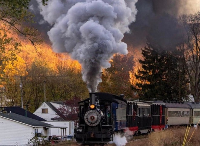 Historic railcar rides through fall foliage - FACEBOOK HVRSY