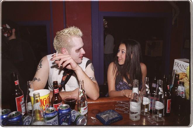 Conversations at the bar. - KEN BLAZE