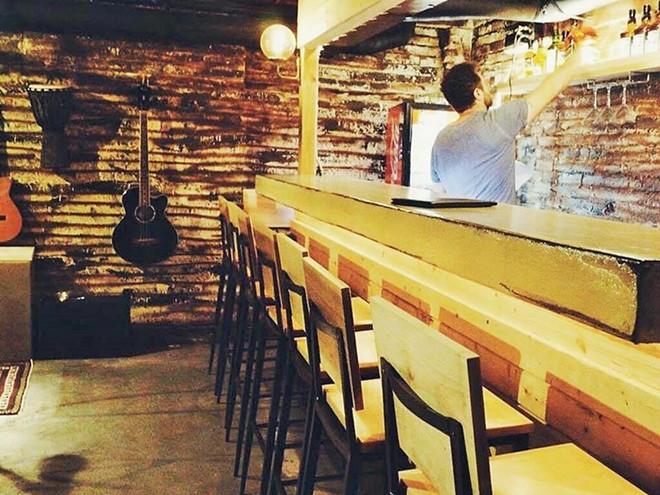 cafe_bon_apetite_bar_2.jpg