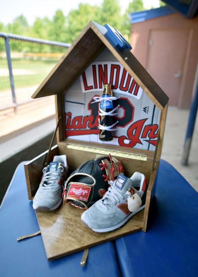 Francisco Lindor's New Balance Sneaker