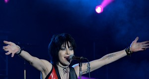 Joan Jett & the Blackhearts performing at Hard Rock Live