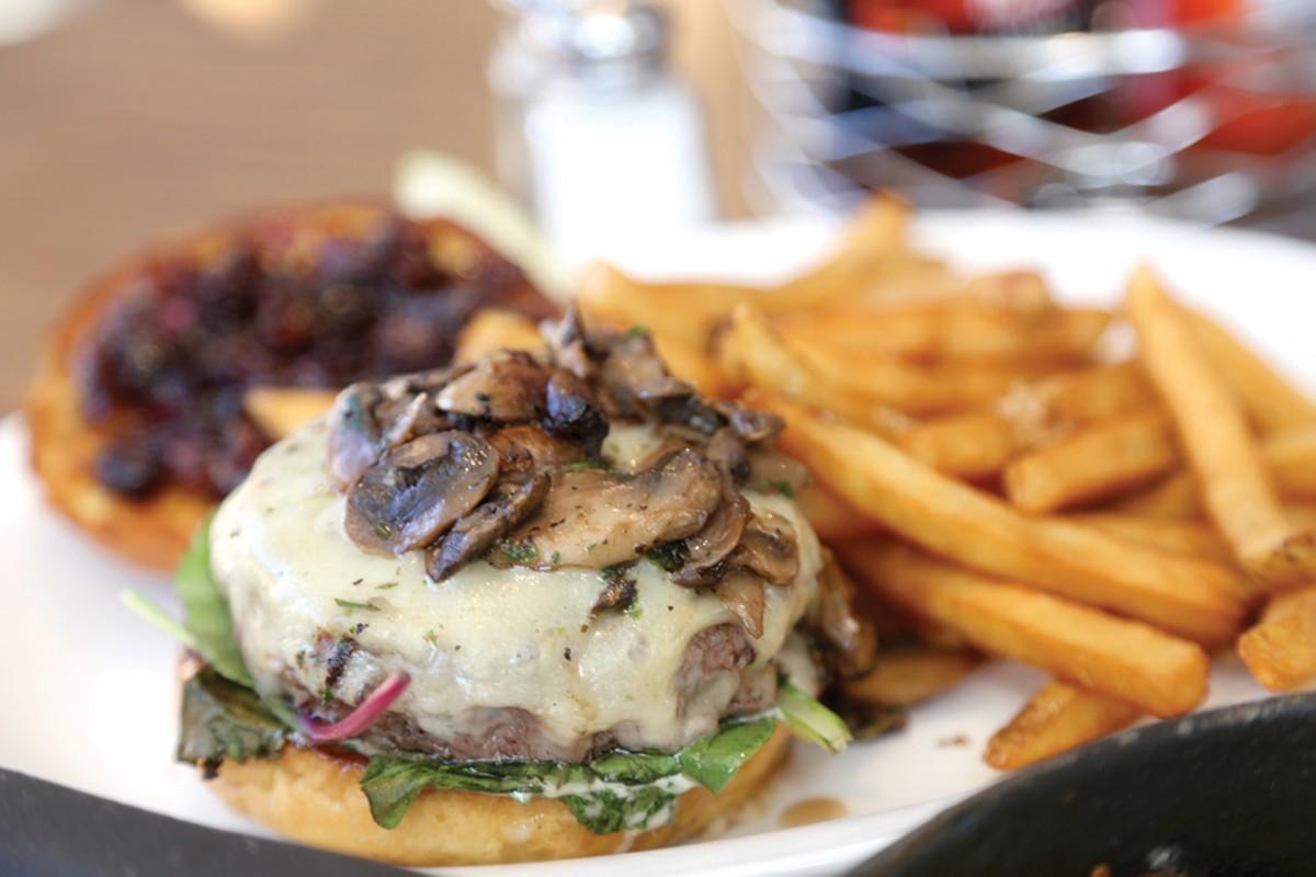 eat1_burger.jpg