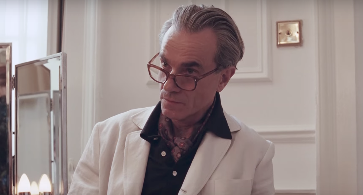 movies-phantomthread3.png
