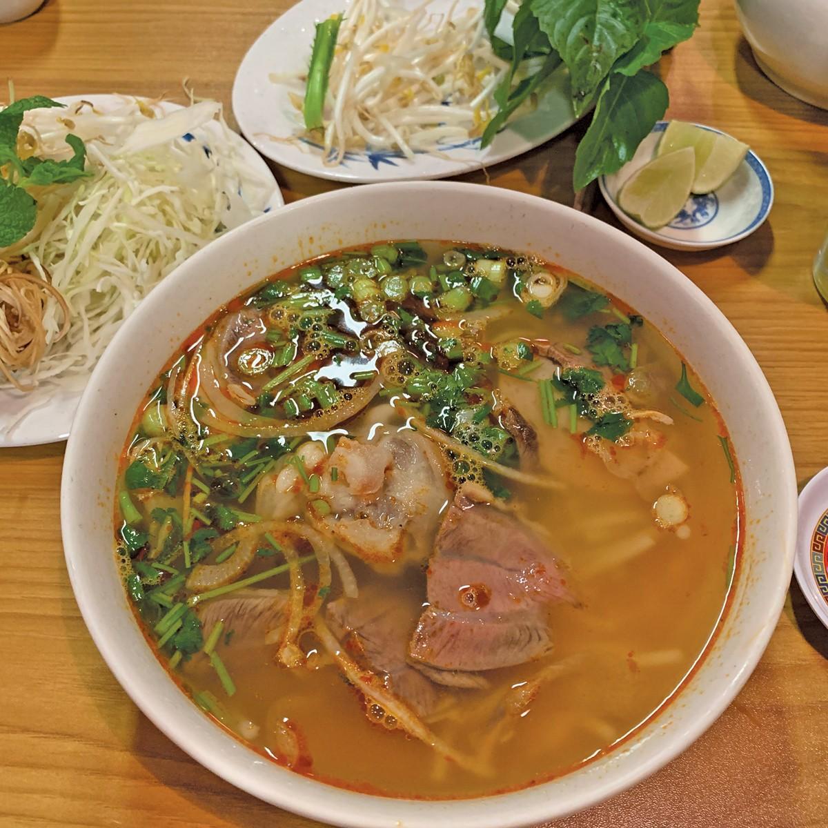 eat1-pholee-photobydougtrattner.jpg