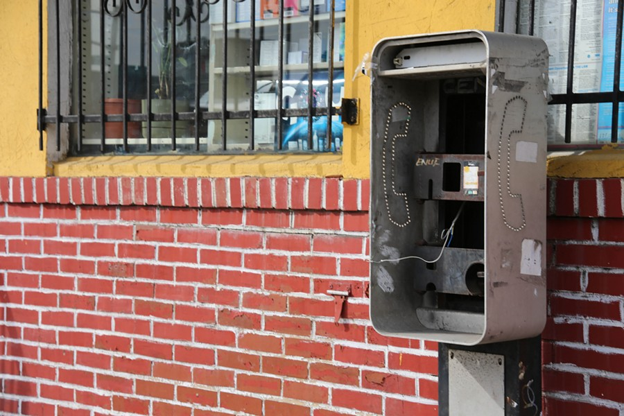 """Payphone"" - PHOTO BY PAUL SABLEMAN, LICENSED UNDER CC BY 2.0"