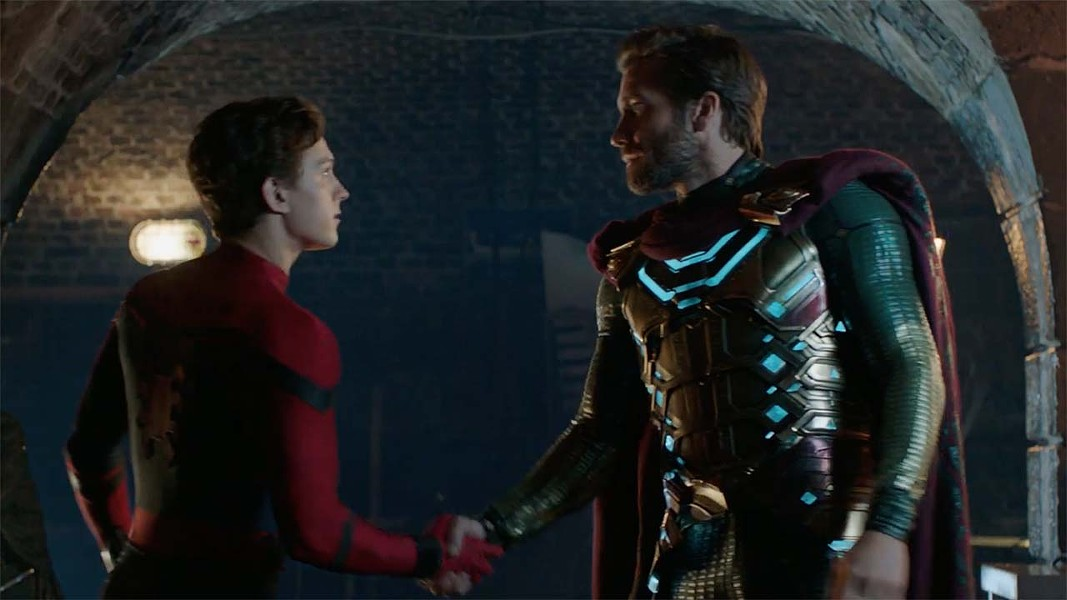 Tom Holland and Jake Gyllenhaal in Spider-Man: Far From Home - MARVEL STUDIOS