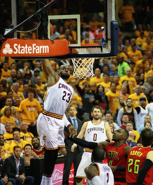 lebron_throw_down.png