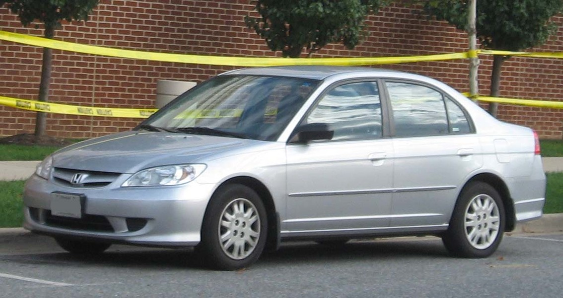 A 2004 Honda Civic, similar to vehicle carjacked in Collinwood yesterday. - WIKIMEDIA PHOTO