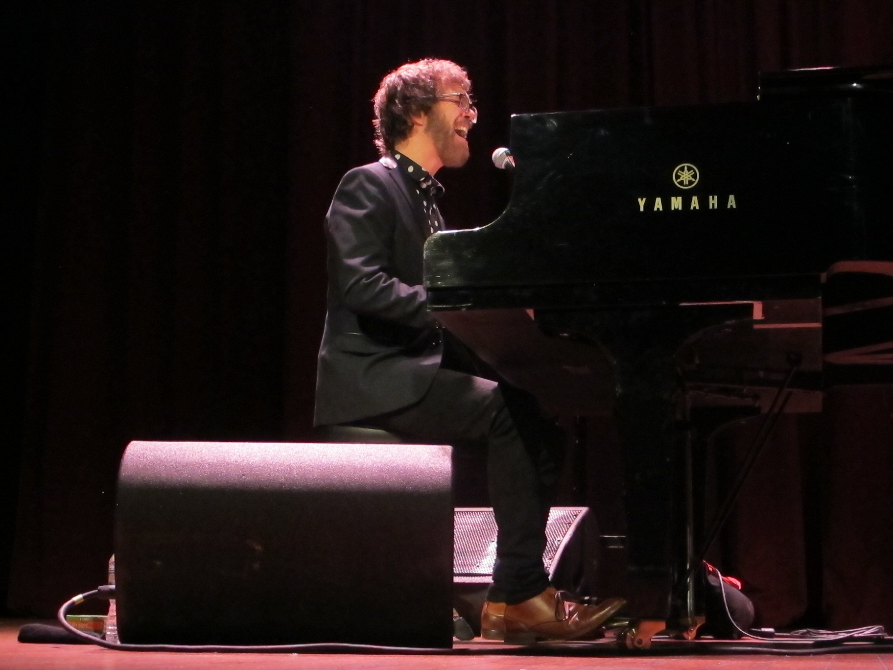 Ben Folds Thrives on Au nce Interaction During Concert at House