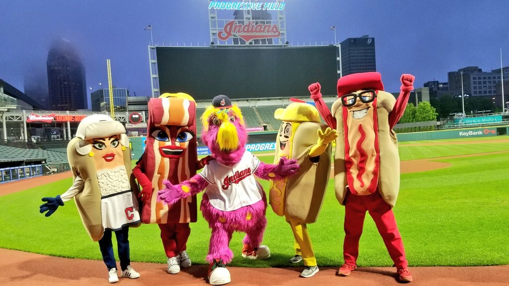 TRIBE HOT DOGS   TWITTER
