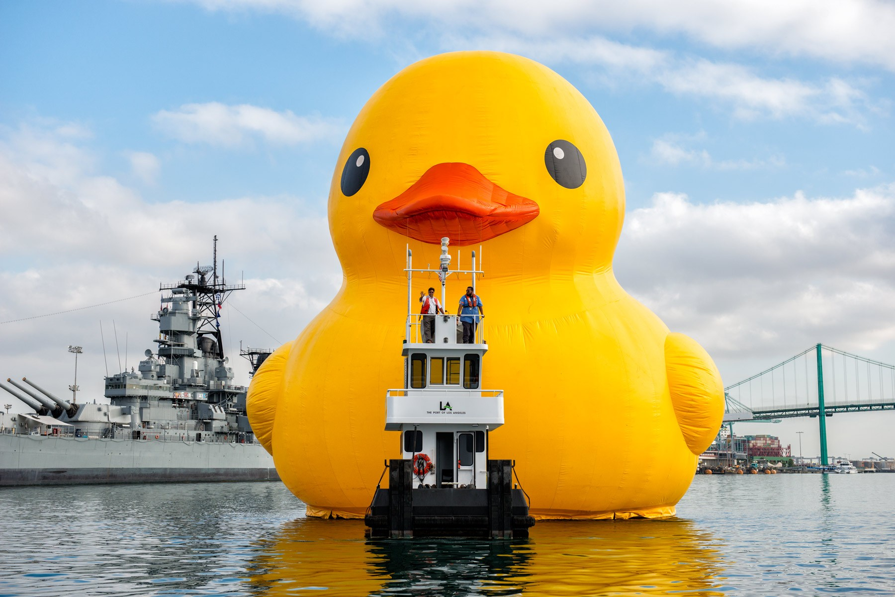The World\'s Largest Rubber Duck Sails Through Lake Erie This Weekend ...