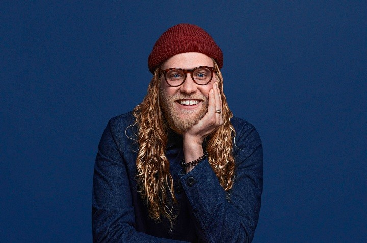 Allen Stone is seen here wearing an eerily similar outfit to the one depicted on the cover of Marvin Gaye's Collected record. - PHOTO BY QUINN RUSSELL