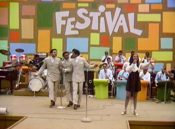 """Gladys Knight & the Pips sing """"I Heard It Through the Grapevine"""" at the 1969 Harlem Cultural Festival. - SEARCHLIGHT PICTURES"""