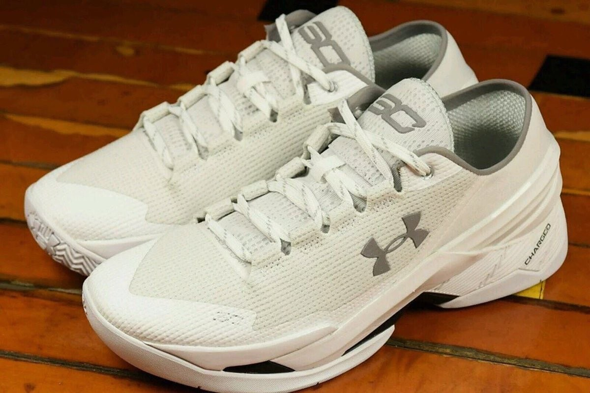 6253bf11d57d8 Stephen Curry s newest shoes for Under Armour look great on Shuffleboard  Deck.