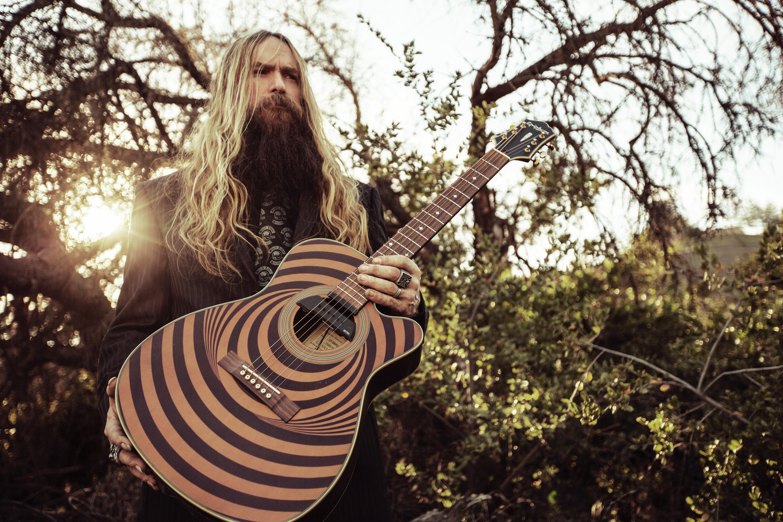 Hard Rocking Singer Guitarist Zakk Wylde Explores His