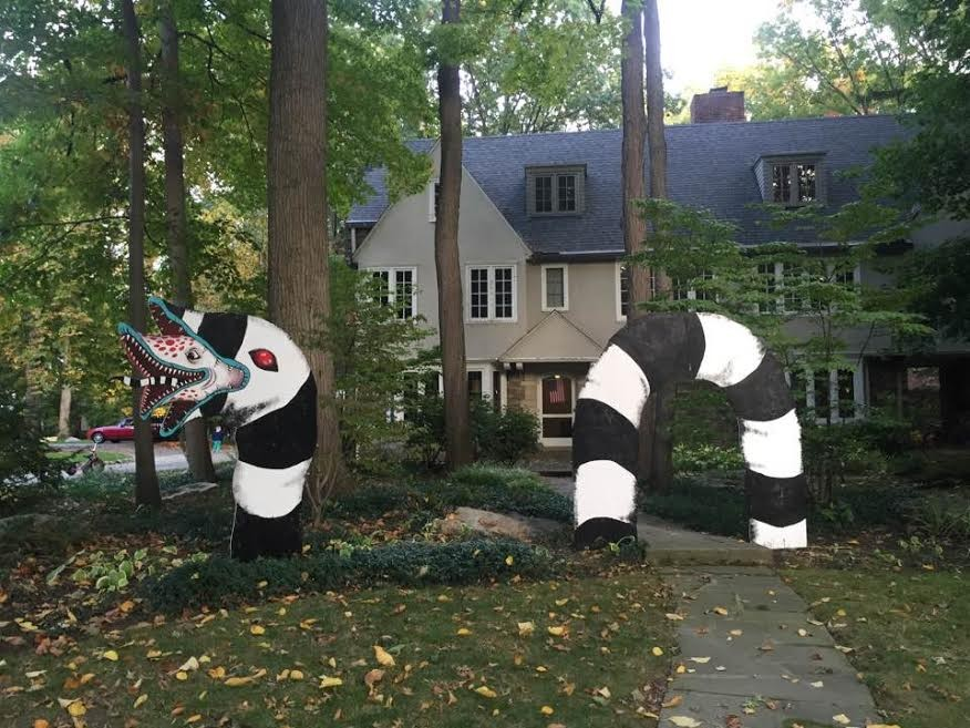 posted by josh usmani on fri oct 21 2016 at 1057 am - Giant Halloween Decorations