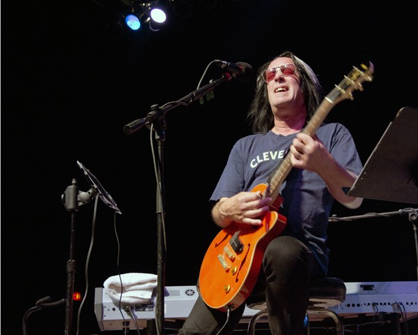 Todd Rungren at the Agora Theatre