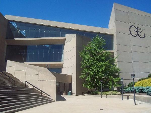 Prankster Posts Craigslist Ad Selling the University of ...