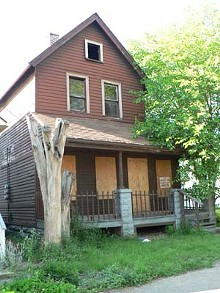 09afb4e1_abandoned_home_in_cleveland_1.jpg