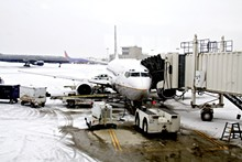 feature_hopkins_winterplane_not_cont.jpg
