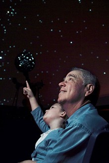 c34c790e_grandparent_planetarium.jpg