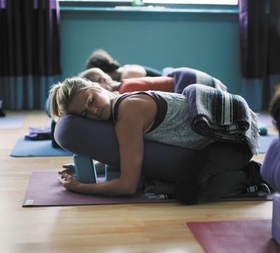 2014-11-26-sav_yoga-relax2014.jpg