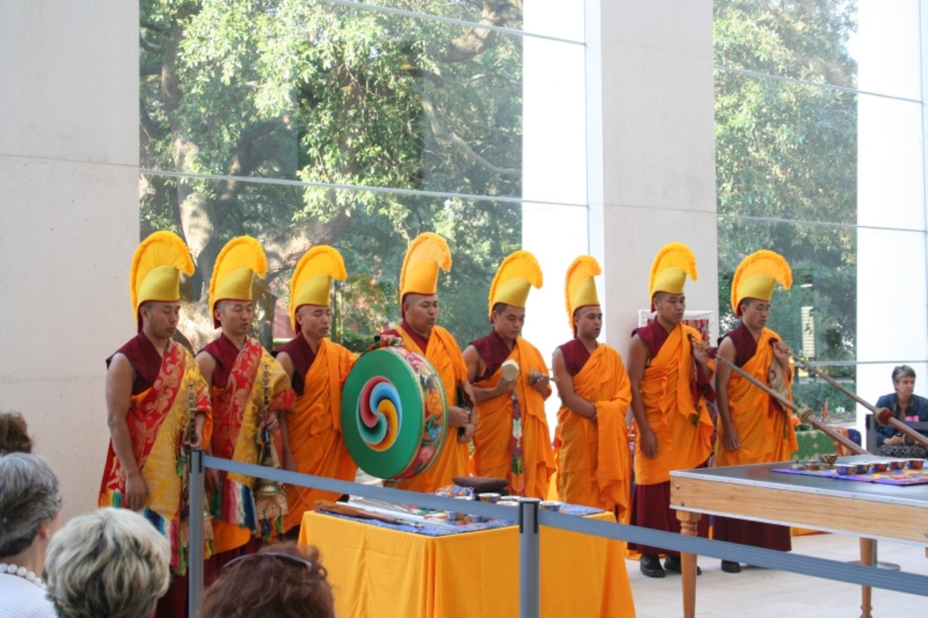 monks2img_1109.jpg
