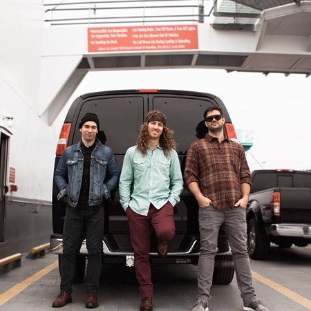 band_page-honeyhounds.jpg