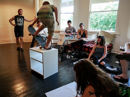 Local artists and community members met for a live drawing session at the Savannah Artist Collective during the group's third meeting. - PHOTOS BY LOGANN FINCH