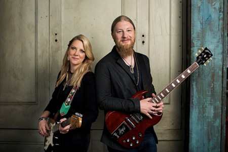 music-tedeschi_trucks_band_photo_creditduo_general_3-20.jpg
