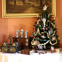 Owens-Thomas House shows evolution of Christmas traditions