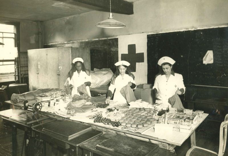 Red Cross nurses packing supply bags circa 1940s - COURTESY OF CITY OF SAVANNAH RESEARCH LIBRARY & MUNICIPAL ARCHIVES