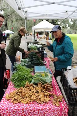 community-farmersmkt2-19.jpg