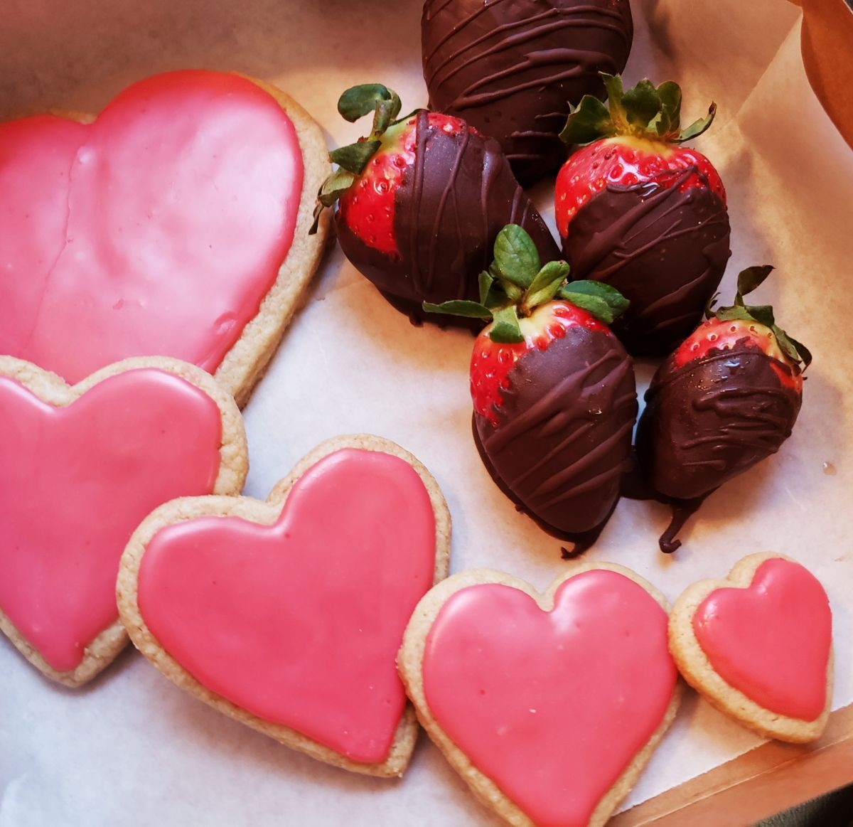 Allergy-conscious cookies and chocolate covered strawberries by Cappy's Farm Fresh Foods