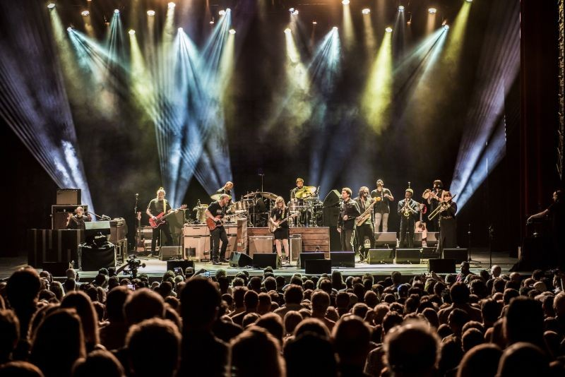 Tedeschi Trucks Band returns to Savannah with an unforgettable show. - STUART LEVINE