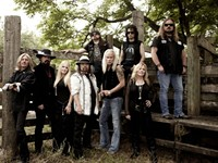 Street survivors Lynyrd Skynyrd bring one more for the road