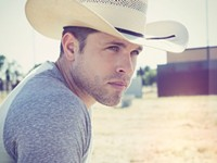 Dustin Lynch: The right music at the right time