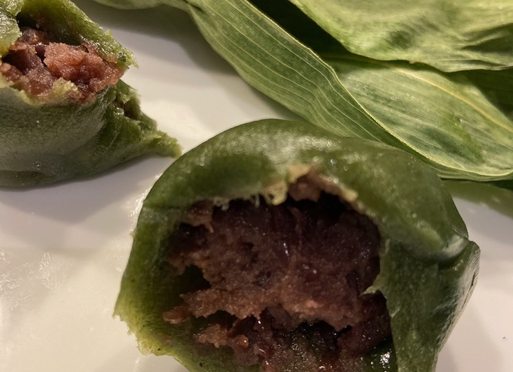 Inside it is a smooth and sweet red bean filling. - TAYLOR GIRARDI