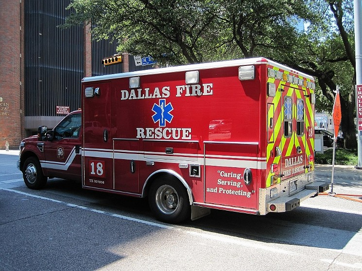 """""""Caring, serving, and protecting?"""" A lawsuit alleges Dallas cares for, serves and protects its bad apples in Dallas Fire-Rescue. - THOMAS R MACHNITZKI (THOMASMACHNITZKI.COM), CC BY 3.0, VIA WIKIMEDIA COMMONS"""