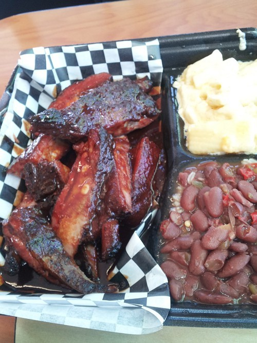 At Gennys: ribs, mac n cheese, red beans and rice.