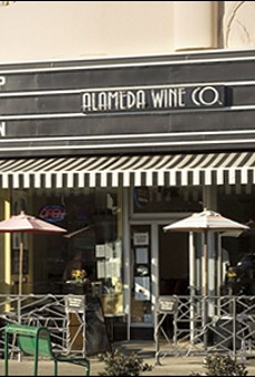 City and Alameda Wine Company at Impasse
