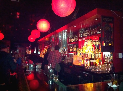 Radio: Great bar, impossible to find.