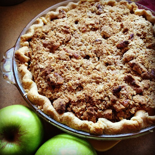 Sweet Bars apple tart with walnut-oatmeal streusel, for Thanksgiving