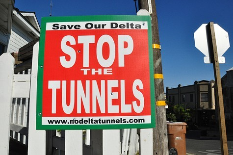 Anti-Tunnels_signs.jpg