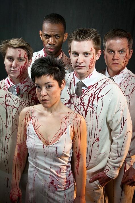 Titus:Bloody(,) good