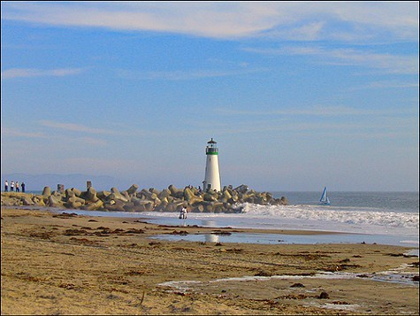 Twin Lakes State Beach in Santa Cruz is slated for closure.