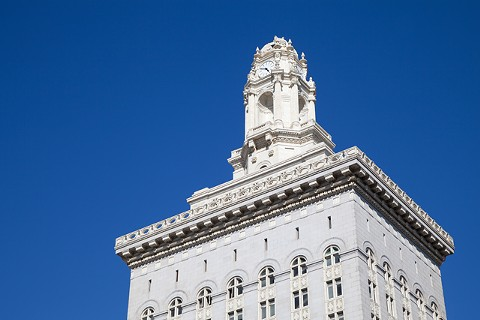oakland_city_hall_web.jpg